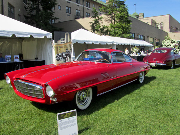 The one-of-a-kind 1954 DeSoto Adventurer II took the People's Choice Award.