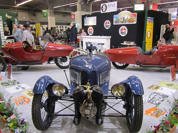 The FFVA supports vintage car clubs and museums throughout France.